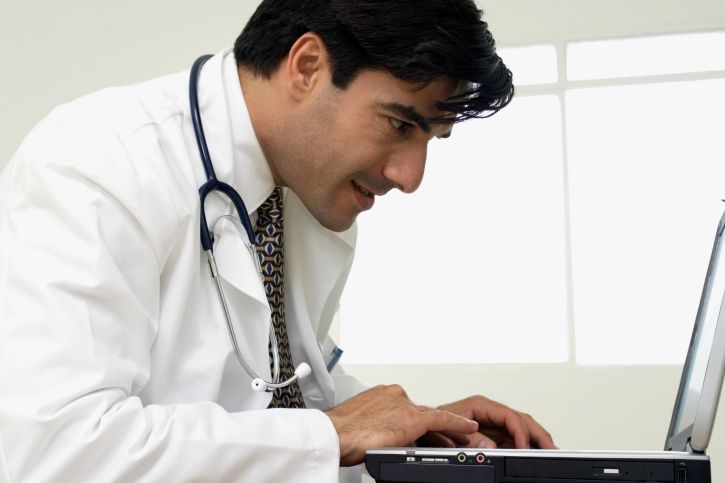 Physicians in Hot Water for Online Missteps